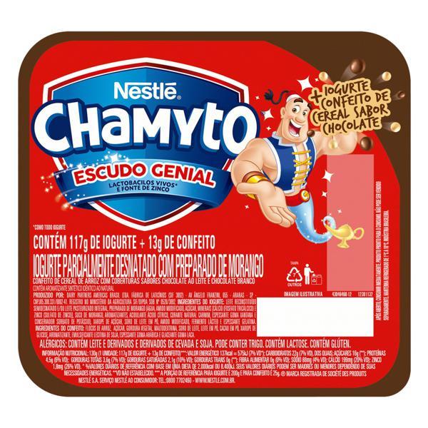 Iogurte Parcialmente Desnatado Morango com Cereais de Chocolate Nestlé Chamyto Pote 130g