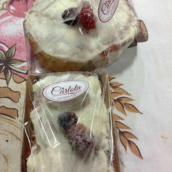 Bolo de Amora com Cream Cheese 220g - Carlota Bolos Caseiros