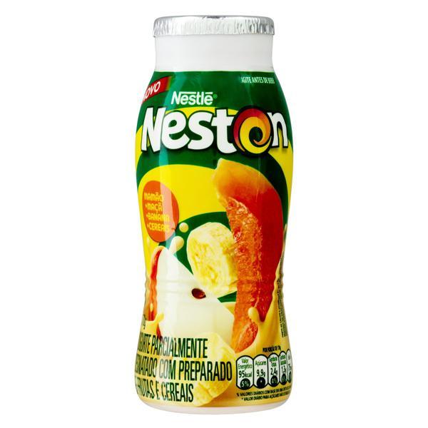 Iogurte Parcialmente Desnatado Mamão, Maçã, Banana e Cereais Nestlé Neston Frasco 170g