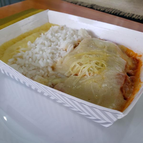 Filé Mignon à Parmigiana (com arroz branco e purê de batatas) 350g