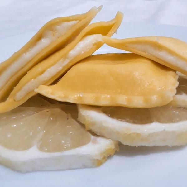 Raviolli de Queijo com Limão Siciliano 500g - Viviani Jacentick