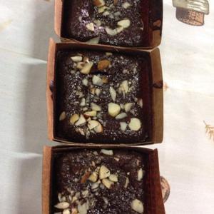 Brownie de Farinha de Amêndoas 150g - Carlota Bolos Caseiros