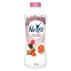 Iogurte Desnatado Frutas Vermelhas, Aveia e Hibisco Zero Lactose Nestlé Nesfit Garrafa 850g
