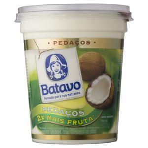 Iogurte Integral Coco Batavo Pedaços Pote 500g