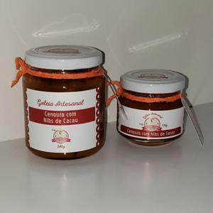 Geleia de Cenoura com Nibs de Cacau 120g - Amanda Sales Confeitaria