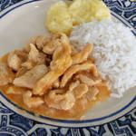 Strogonoff de Frango (com arroz branco e purê de batatas) 350g